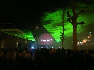 Lasershow Veenendaal met projectiebol