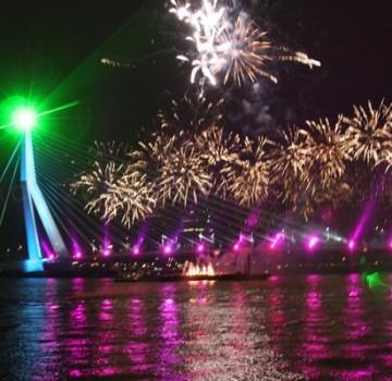 Nieuwjaarsnacht Vuurwerk Laser Show