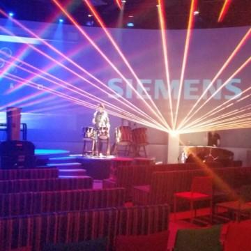 Life Percussie Lasershow Laser Laseracts BSH Bosch SIemens Neff