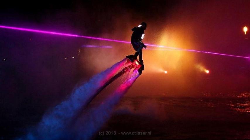Flyboard Nightshow Nijkerk Laser Lasershow Lasereffecten Jubileum