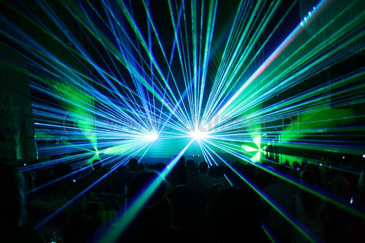 De Jonge Antwerpen Lasershow Binnen Effecten