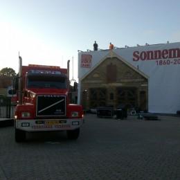 Valdoek Sonnema Bolsward Opening Projectiescherm Valscherm Vrachtwagen