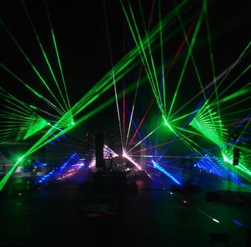 Lasershow, buiten, Rotterdam, De Kuip 100 jaar