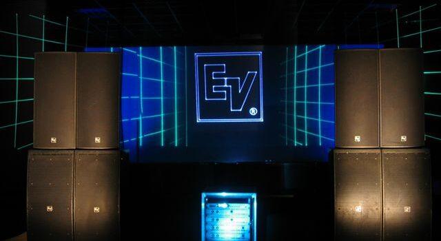lasershow, muziek bij Lasershow, Geluidsinstallatie, lasershows