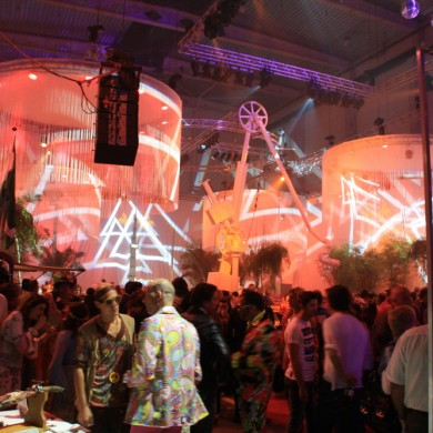 Antwerpen Architectural Lighting Indoor Uitlichten Oranje Paars
