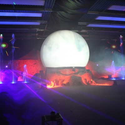 Zuidlaren Waterfontein Projectiebol Multimediashow Laser Paars