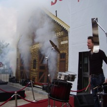 Percussie Valdoek Sonnema Bolsward Opening Projectiescherm Valscherm Special Effects Co2