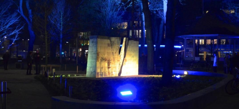 Bomen Uitlichten Opening Marktplein Monument