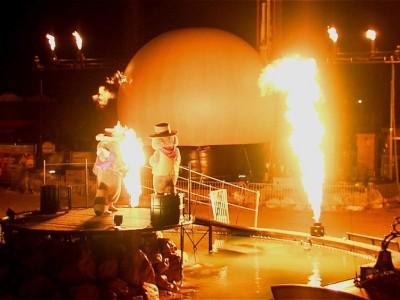 Slagharen Vlammen Multimediashow Special Effects Flames FX Projectiebol