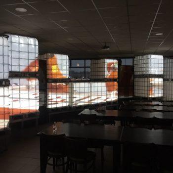 IBC led tank met video projectie