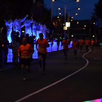 Dam tot Damloop by night