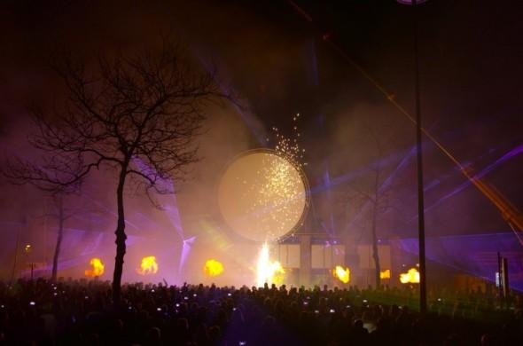 Lasershow Hoogeveen Cascaderun vuurwerk
