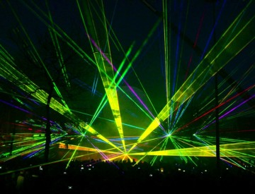 Laser multimedia show beamshow Cascaderun Hoogeveen