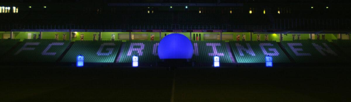 Bol-Ledtanks-Noordlease-stadion-blauw-wit