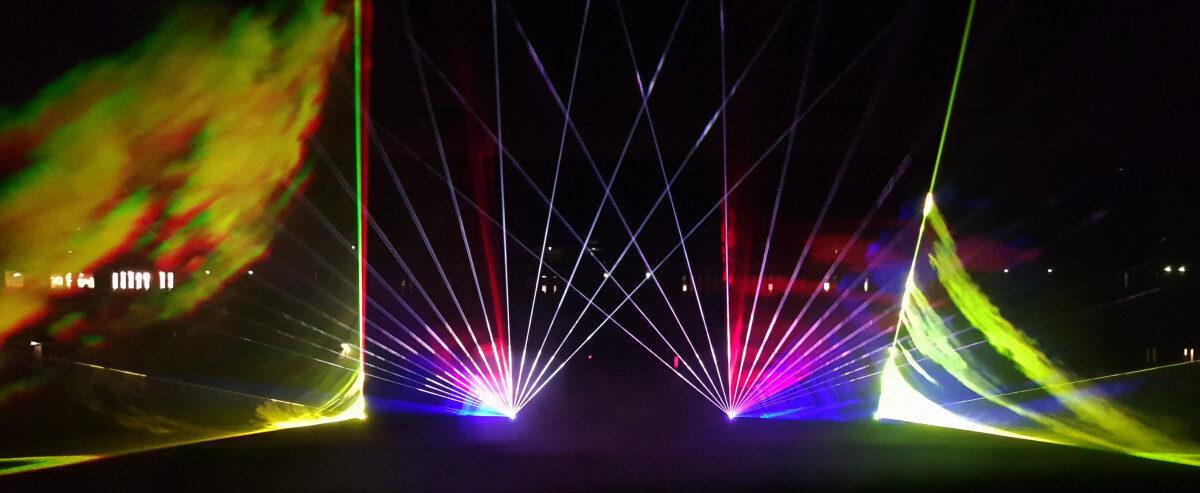 Lasershow-Noordlease-stadion-Martiniziekenhuis-1