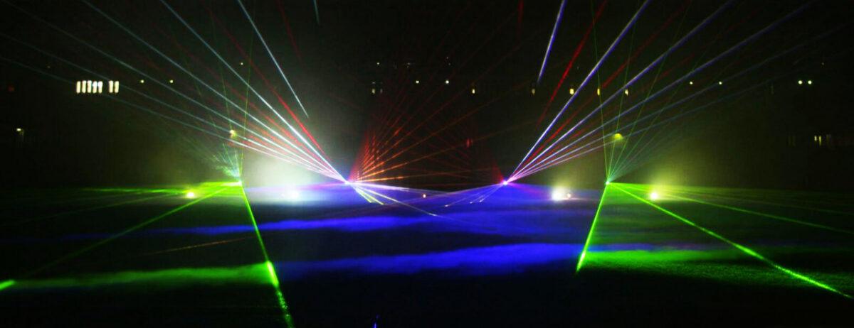 Lasershow-Noordlease-stadion-Martiniziekenhuis-2