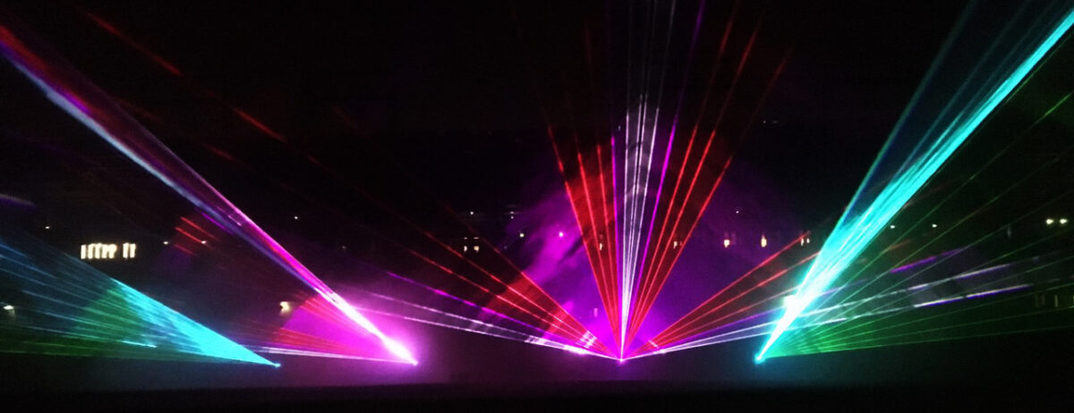 Lasershow-Noordlease-stadion-Martiniziekenhuis-3