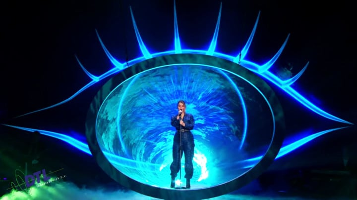 The Voice of Holland - lasershow - Irene Dings zingt Another Love
