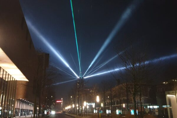 Enschede-dtllaser-space cannons-laserstralen (1)