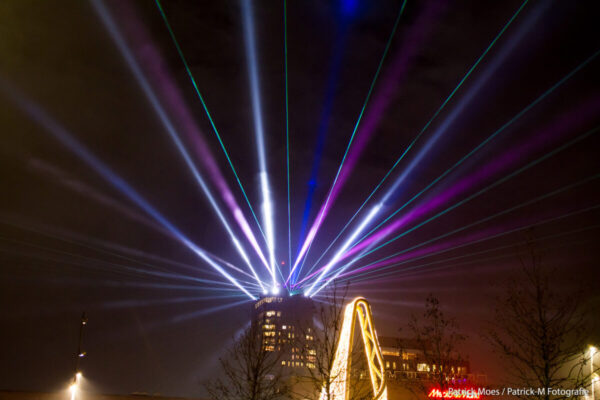 Enschede-dtllaser-space cannons-laserstralen (7)